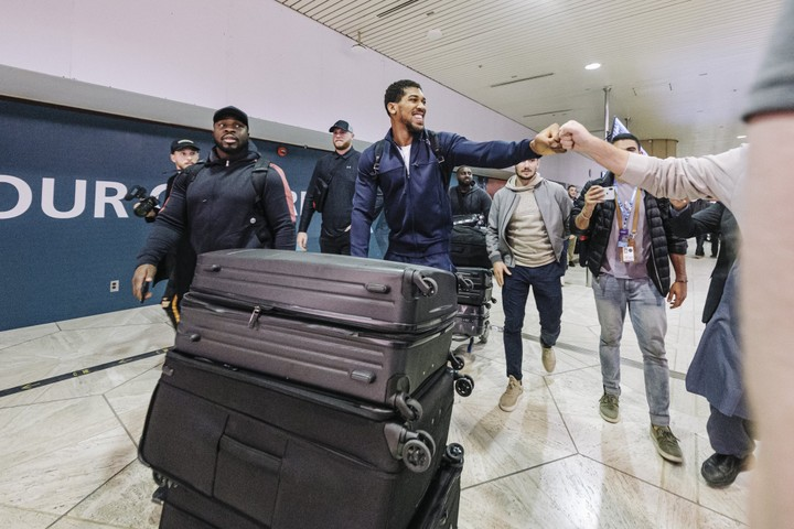 Anthony Joshua arrives Saudi Arabia for his rematch with Andy Ruiz Jnr